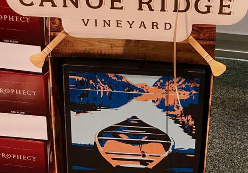 Canoe Ridge Vineyard Holiday Case Stacker